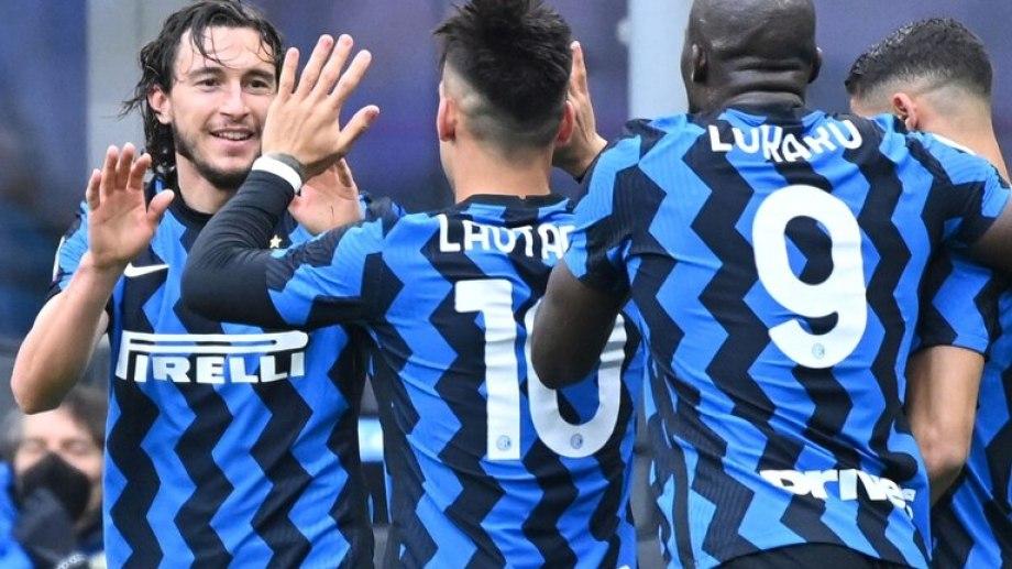 Inter lleva 11 triunfos seguidos en la Serie A y se encamina al título.