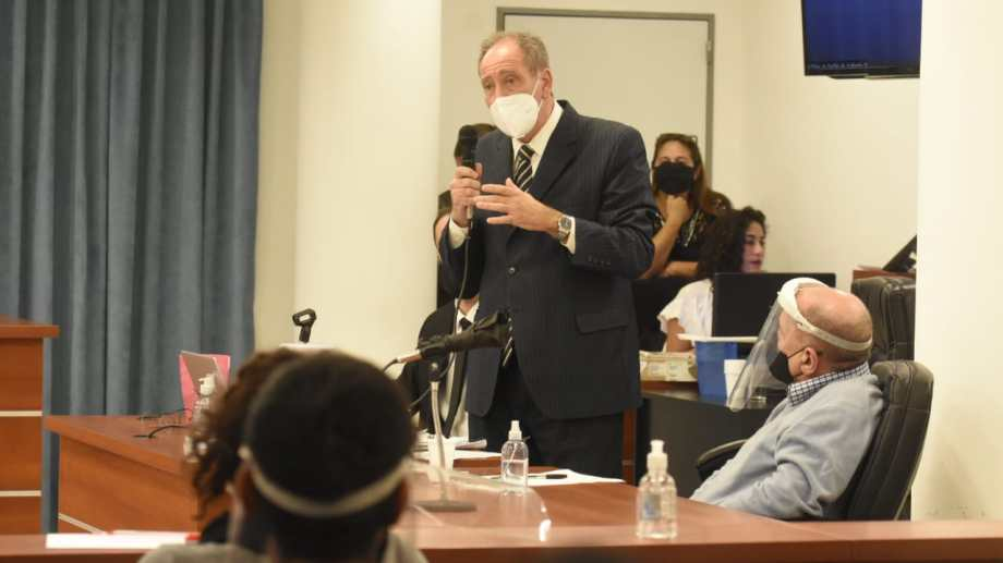El defensor Roberto Berenguer pidió que Lucini fuera declarado responsable de homicidio en estado de emoción violenta. Foto Florencia Salto.