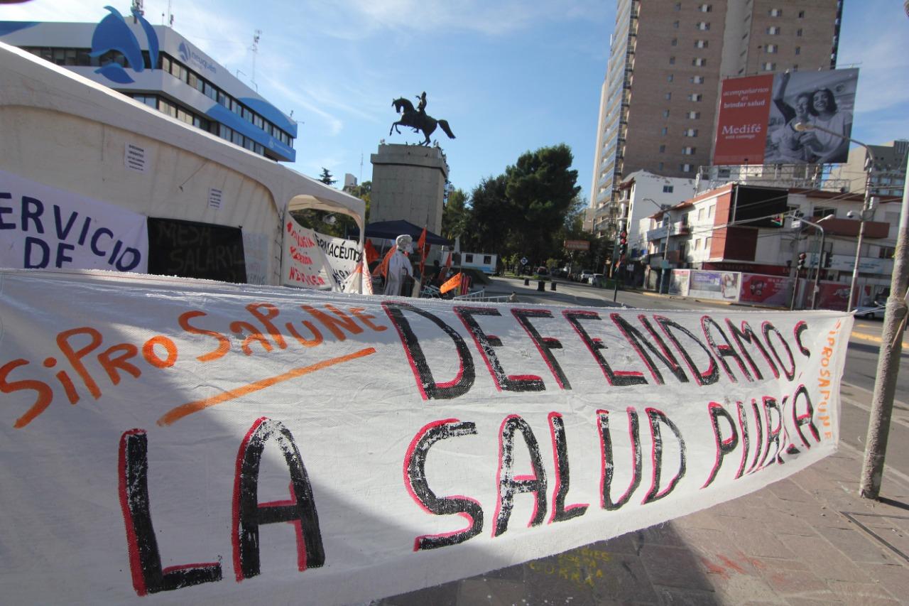 Acusaciones cruzadas por el conflicto de Salud en Neuquén
