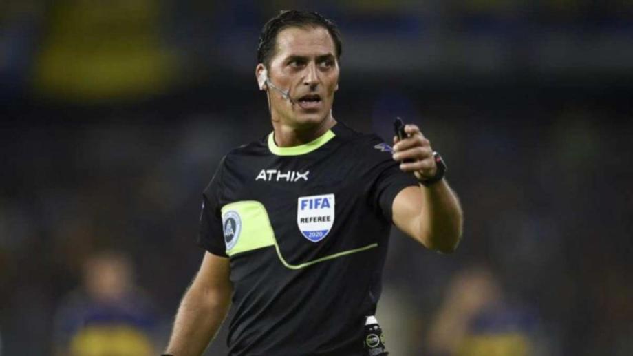 Mauro Vigliano fue el árbitro del encuentro y cometió un error muy grave en la jugada decisiva.