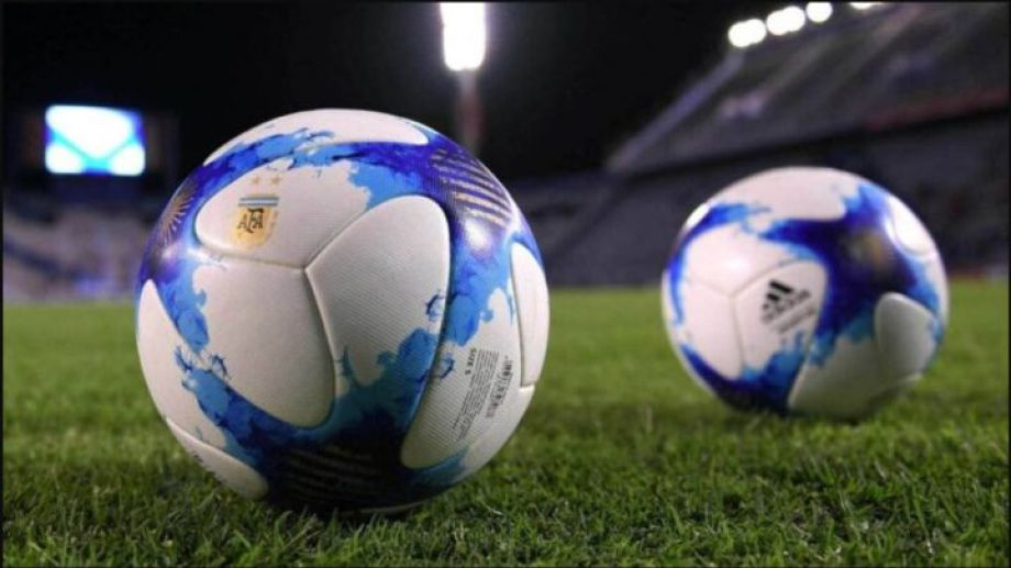 El fútbol vuelve a Fase 1 a nivel nacional.