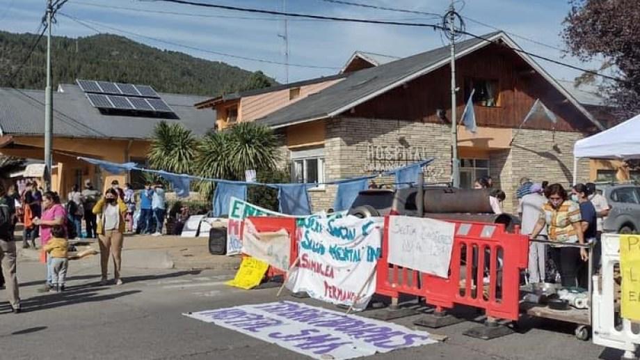 Los trabajadores y trabajadoras del hospital de San Martín sólo atenderán urgencias por paro. (Gentileza)
