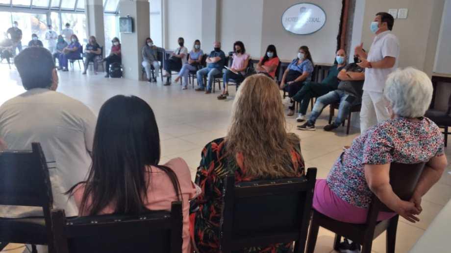 Pacayut encabezó la reunión de los jefes de servicios. Foto: gentileza.