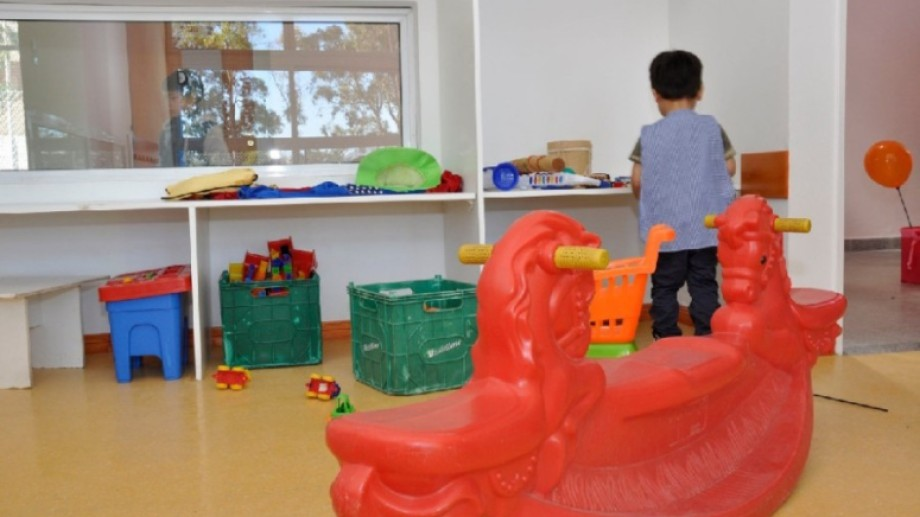 Desde supervisión aseguran que ya hay jardines que reciben a los niños hasta dos horas y media. Foto: archivo