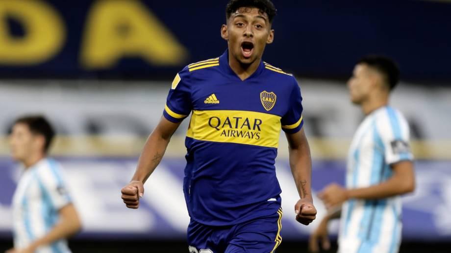 Cristian Medina abrió la cuenta. Boca arrancó muy bien pero después perdió el dominio del juego.