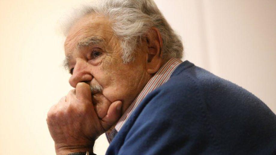 """Pepe Mujica sobre las clases presenciales: """"No se va a descuajar la educación por 15 días de escuelas cerradas""""."""