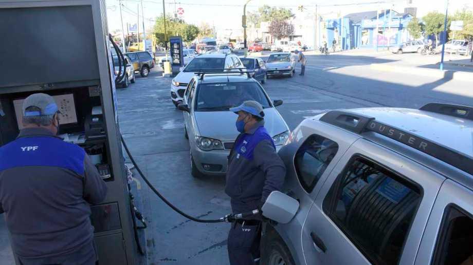 La Cecha le pidió al gobierno nacional y al de Neuquén y Río Negro que garanticen el abastecimiento de combustibles en la región.