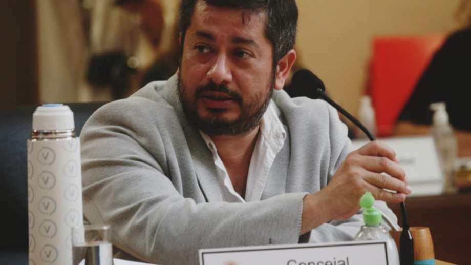 Luciano Ruíz presentó el proyecto junto a su compañera de bancada, Zulma Romero. Foto: archivo.