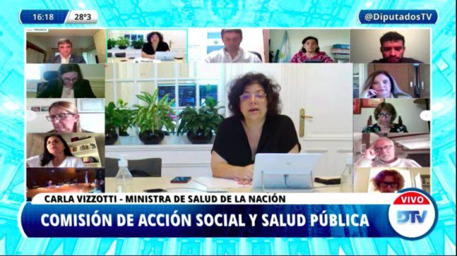 """Vizzotti: Argentina tiene """"la ventaja de haber sostenido la vacunación"""" antes del aumento de casos."""