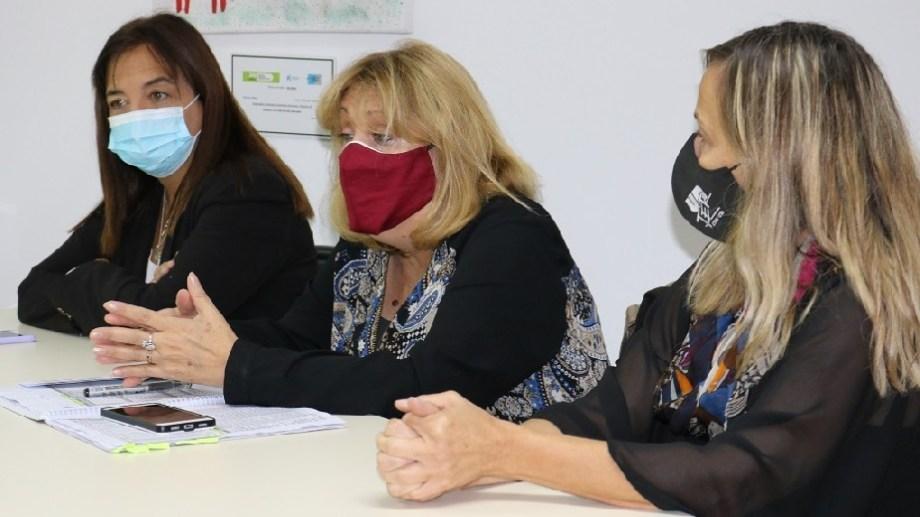 Iberó de Salud, Tracchia de Educación y Schieroni de UnTER, encabezaron esta primera reunión. Foto Gentileza: Secretaría de Comunicación de RN.