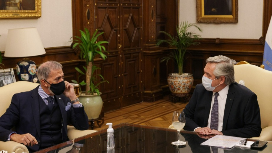 El titular de la DAIA y Fernández se reunieron por más de una hora.