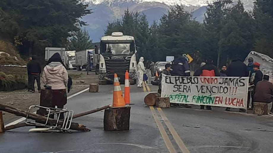 El corte en la cordillera se mantiene pese al levantamiento en otros sectores de la provincia. Foto:(Gentileza).-