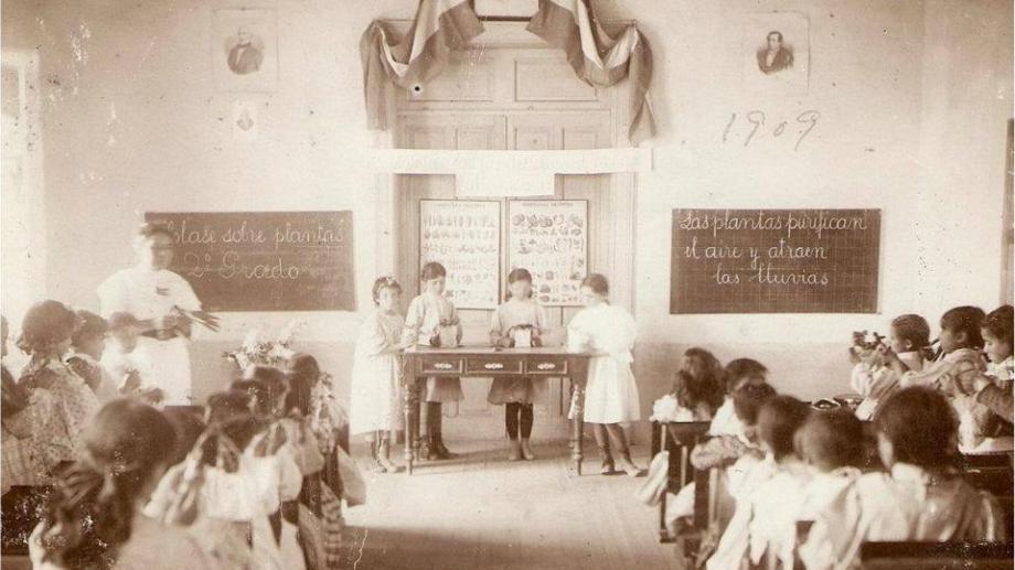 La escuela 32 (foto), el lugar donde trabajó Fermín Godoy, el impulsor de la organización gremial.
