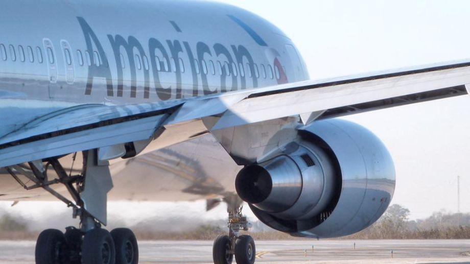 Por sobre la pena que le corresponde al viajero, la aerolínea tendrá también que responder por el episodio.-