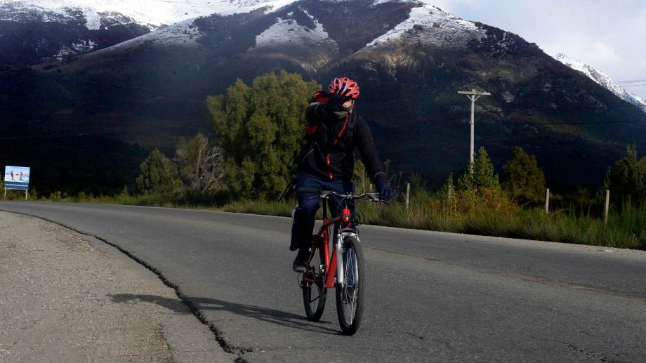 Un proyecto en el Senado busca incorporar pautas para la seguridad de los ciclistas. Foto: Archivo