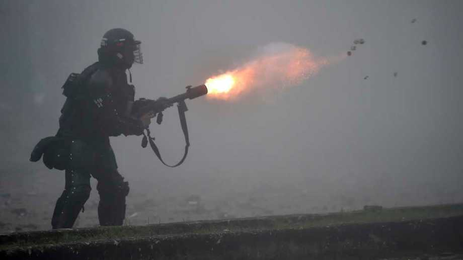Condenan el uso excesivo de las fuerzas en Colombia. Fotos: AFP-Télam