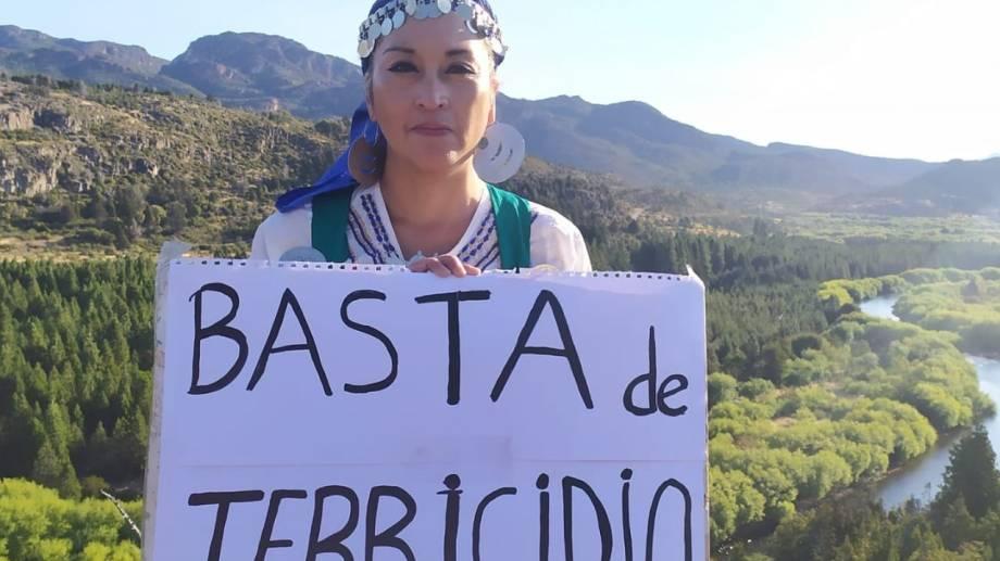 Ecofeminista. La líder mapuche Moira Millán, desde Chubut, denunció el drama de la gente por los incendios de vegetación que se produjeron en la Comarca Andina en marzo