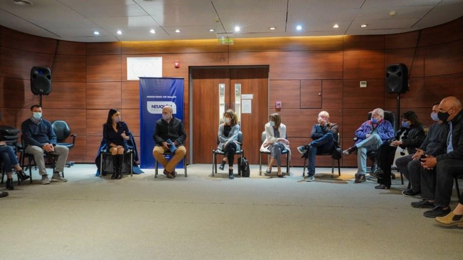 La Reunión de la ministra Peve con los jefes  de zonas sanitarias y directores de hospitales y clínicas. Foto: Twitter @PeveAndrea