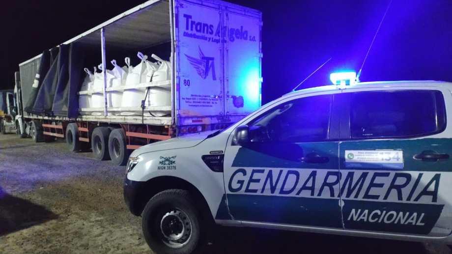 Gendarmería estuvo a cargo del operativo que se realizó en la ruta Nacional N° 3. Fotos: gentileza.