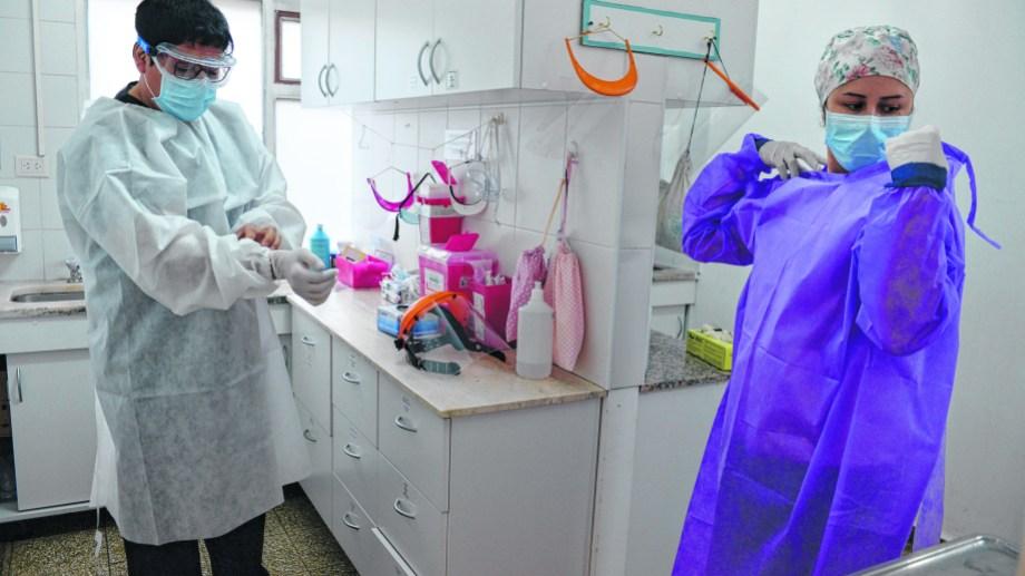 Bariloche hoy registró 49 infectados de coronavirus y tres muertos.