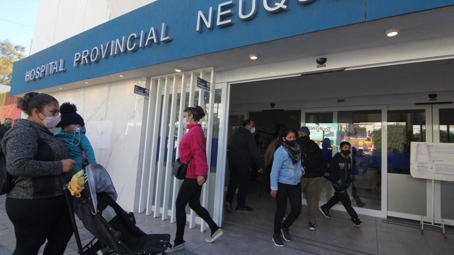 El Hospital Castro Rendón tiene alrededor de 600 cirugías atrasadas. Foto: Oscar Livera