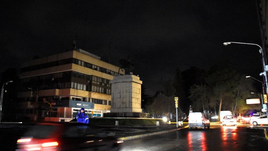 Neuquén permaneció más de 12 horas sin luz por el apagón de 2019. (Foto: Juan Thomes)