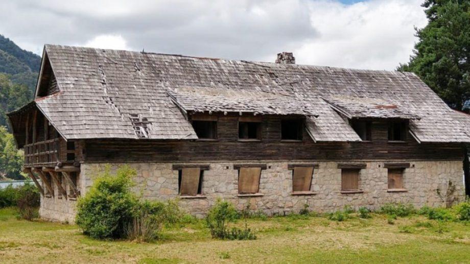 Neuquén buscará, una vez más poner en valor la hostería histórica de Villa La Angostura (Gentileza)