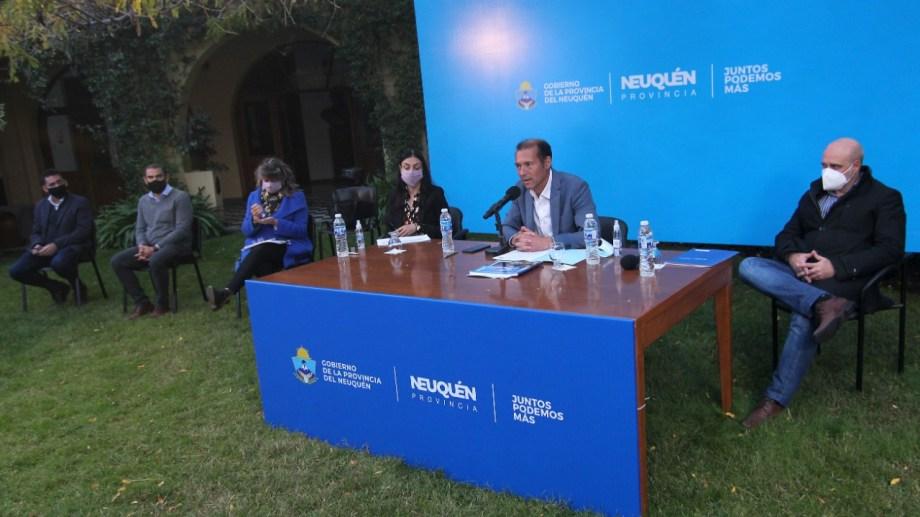 Es la tercera conferencia que realiza el gobernador Gutiérrez en los últimos cuatro días. Foto: Oscar Livera.