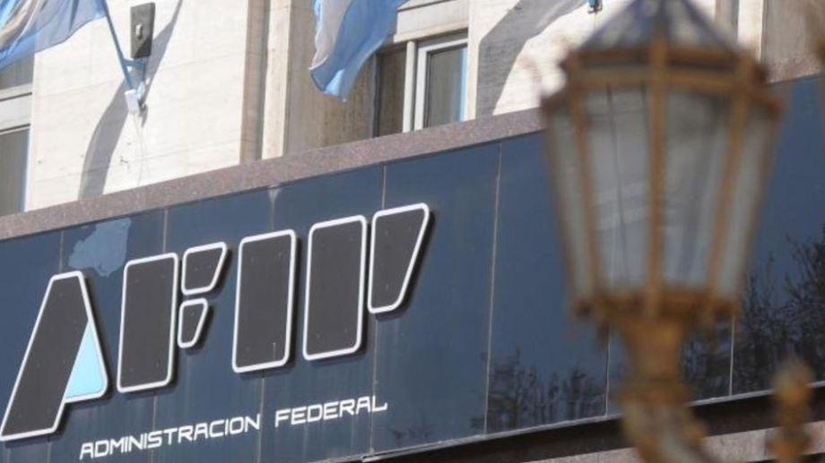 AFIP avanza con las ejecuciones y embargos a quienes no pagaron el  Aporte Solidario a las Grandes Fortunas.