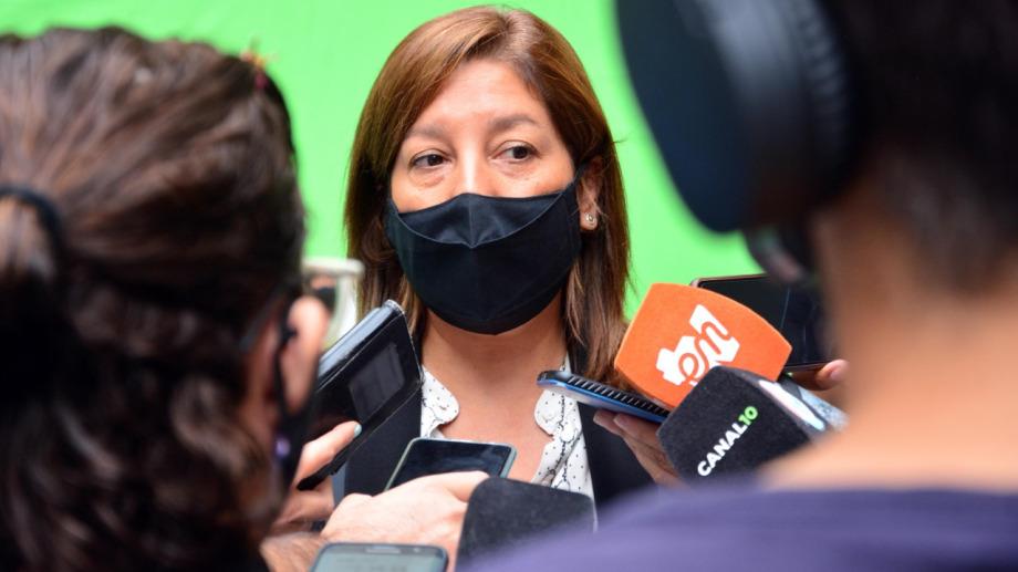 La gobernadora Arabela Carreras se sumó a las restricciones aplicadas por nación por el alto riesgo epidemiológico en toda la provincia. Archivo