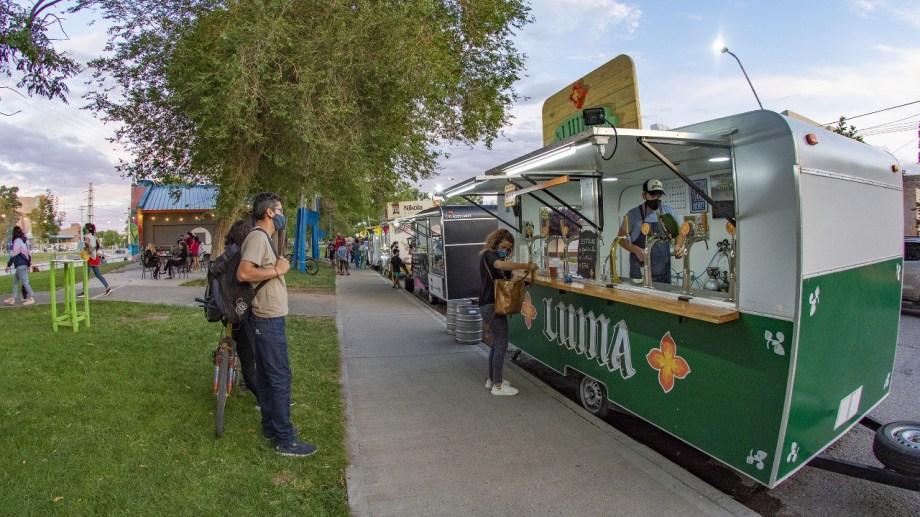 Desde el próximo fin de semana volverán los carros de comida en distintos sectores de la ciudad.