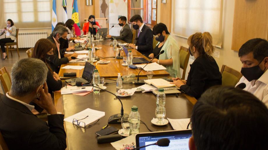 Los concejales de Juntos Somos Río Negro y Bariloche por el Cambio rechazaron y frenaron el plan del basural regional en la cordillera. Archivo