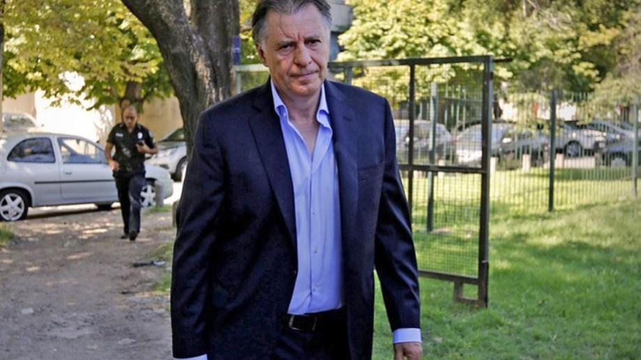 López recibió el visto bueno de AFIP en el caso de Oil Combustibles.
