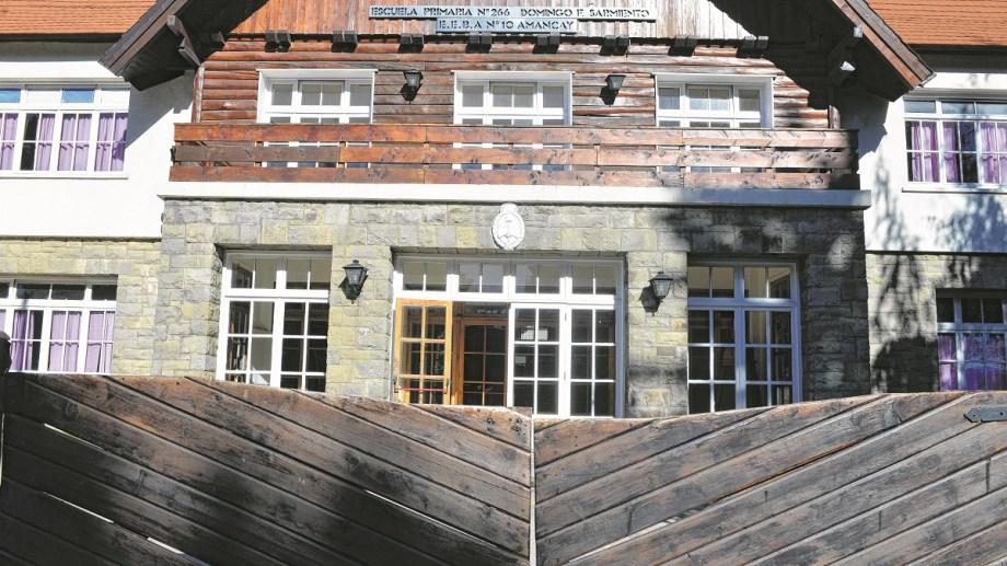 Unter pidió que se extienda la suspensión de las clases presenciales en Bariloche. Foto: archivo