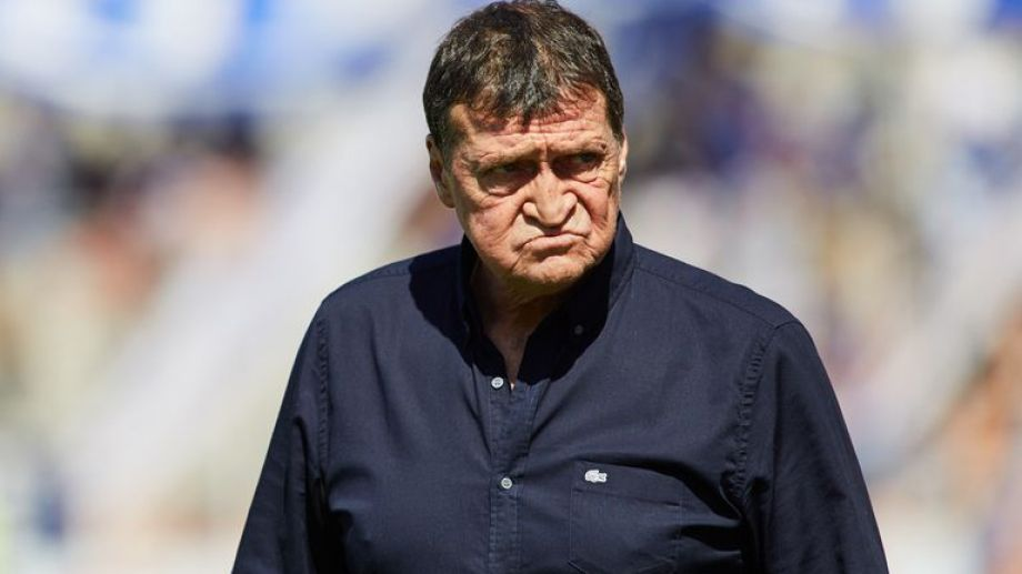 La esposa del entrenador no pudo superar la enfermedad.