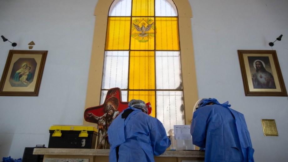 Con el paso de los días aumentaron las consultas y los casos de covid-19, en Roca. (foto: Juan Thomes)