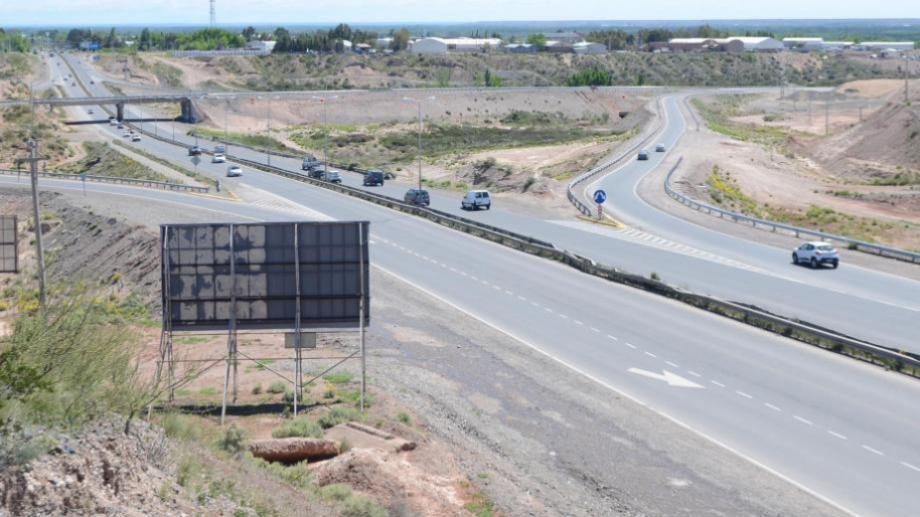 Desde hoy y hasta el jueves se realizarán trabajos sobre los rulos de la Ruta 7. (Archivo Juan Thomes).-