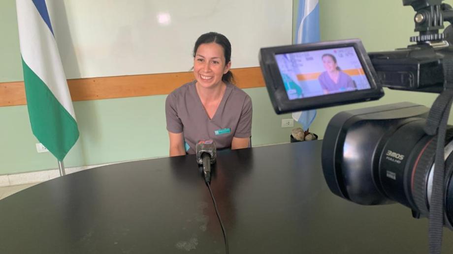 Miriam González tiene 32 años y es la jefa del Departamento de Enfermería del hospital Ramón Carrillo. Foto: gentileza