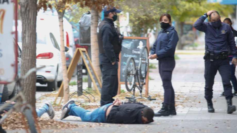 Sospechan que los sujetos tenían inhibidores de alarma y por eso escaparon de la policía. (foto: Juan Thomes)