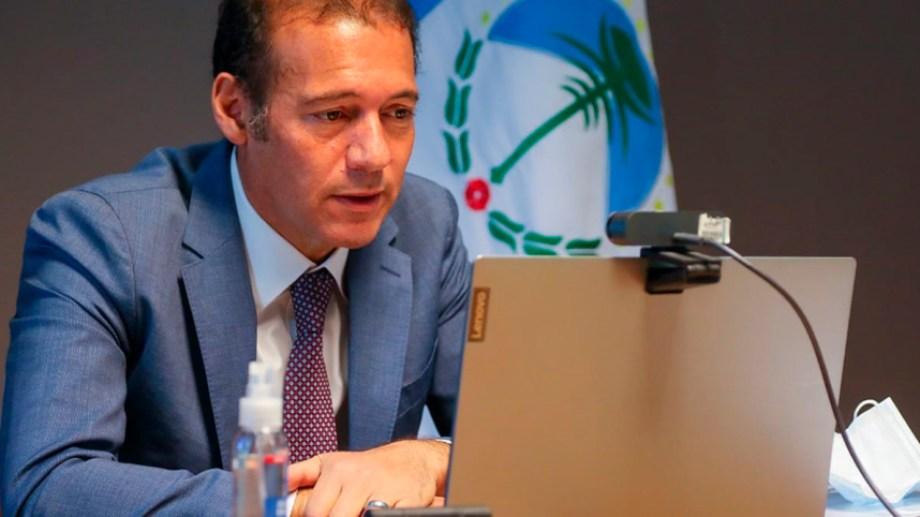 El gobernador Gutiérrez busca profundizar el endeudamiento de la provincia para poder garantizar los acuerdos con los sindicatos.