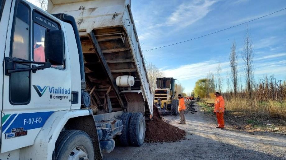 Se realizan mejoras en la ruta provincial 65, piden circular con extrema precaución.