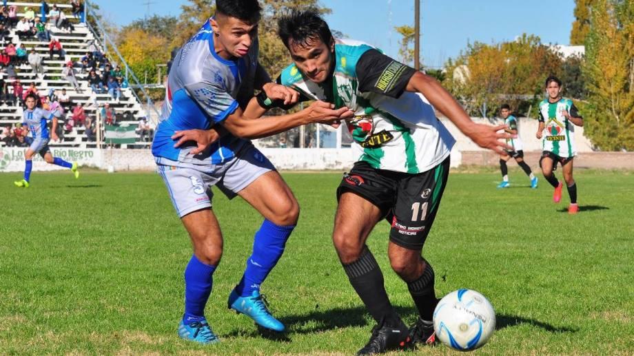 Atlético Regina y Deportivo Huergo jugaron en la fecha anterior a la suspensión por las restricciones. Foto: Néstor Salas.