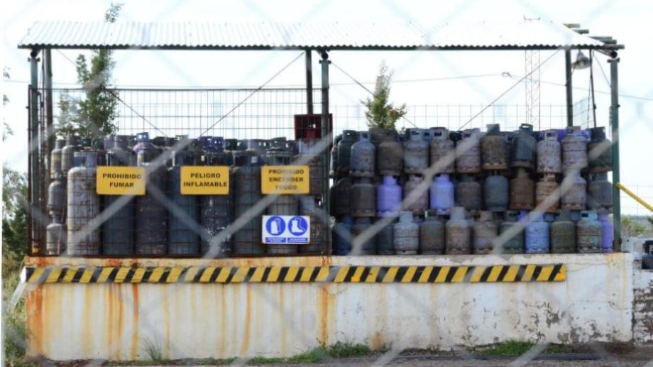 El Plan Calor reparte garrafas pero en muchos casos la cantidad no alcanza para la demanda de invierno. Foto: archivo