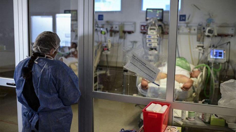 Los especialistas apoyan la medida de restringir los ingresos desde el exterior para evitar o minimizar otra ola de coronavirus.