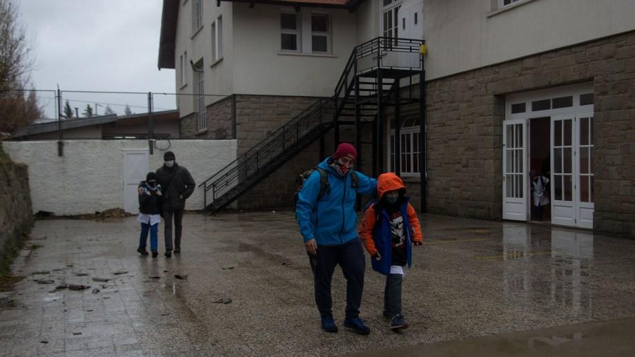 Solo una escuela primaria y tres jardines de infantes no adhirieron al llamado de no presencialidad de la Unter en Bariloche. Foto: Marcelo Martínez