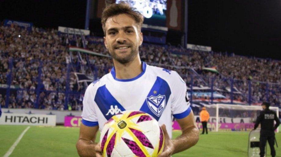 El pase de Agustín Bouzat ahora es completamente de Vélez.