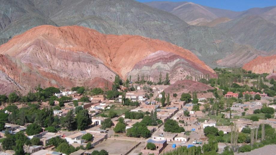 Seis provincias del norte argentino, incluida Jujuy donde se ubica el Cerro de los Siete Colores, firmaron el acuerdo.