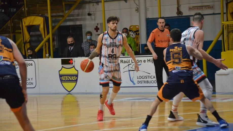 Deportivo Viedma y Atenas de Patagones volverán a competir luego del clásico de la semana pasada. Foto: Horacio Valderrama