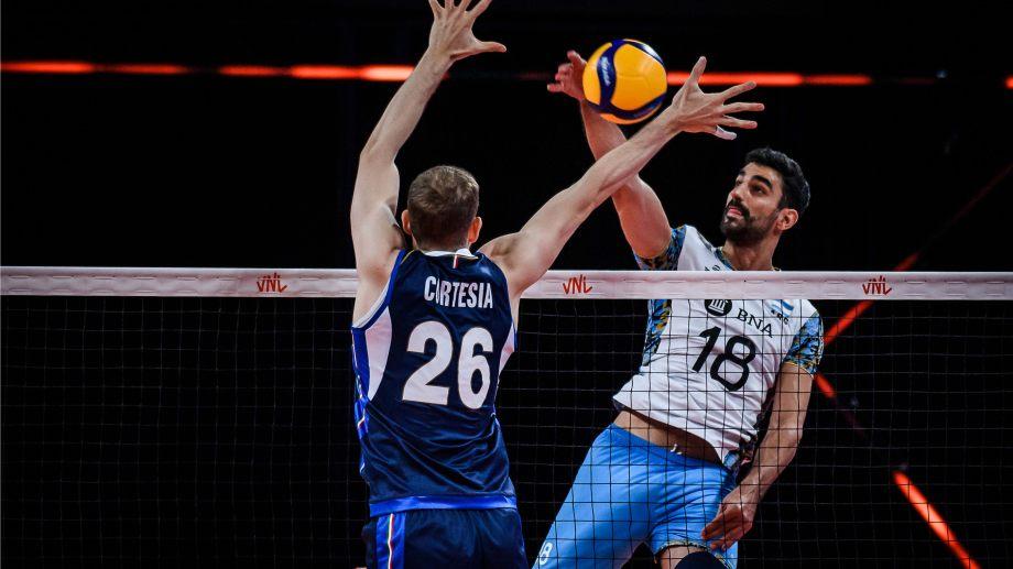 La Selección cayó en sets corridos con Italia.