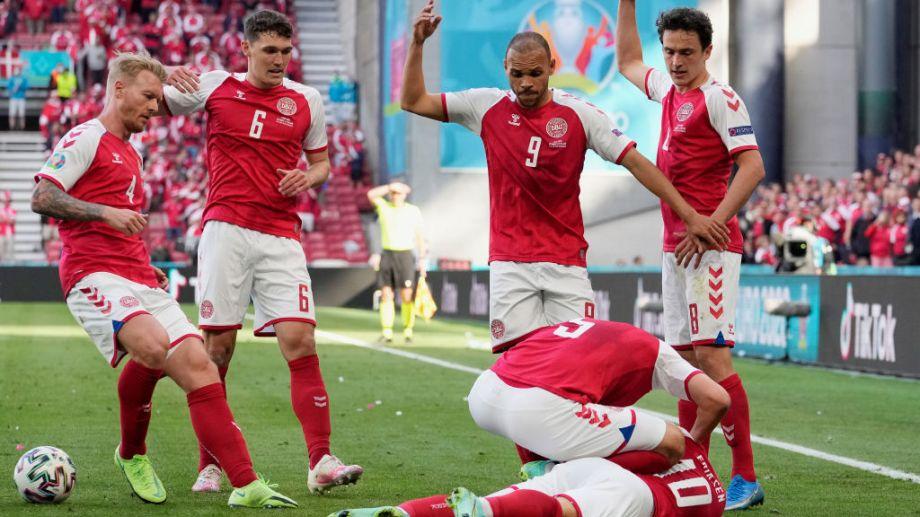 Eriksen se desplomó en medio del partido de Eurocopa.